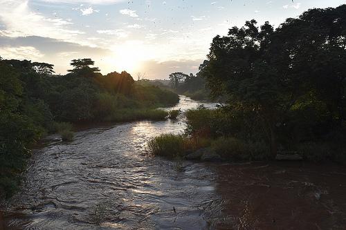 photo credit: MONUSCO Territoire d'Aru, Province de l'Ituri, RD Congo : Coucher de soleil sur la rivière Aru, en territoire d'Aru, Province de l'Ituri. via photopin (license)